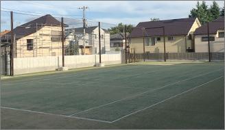 人工芝テニスコート